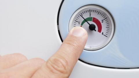 ¿Cuál es la presión correcta de una caldera de gasoil?